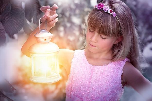 girl lamp
